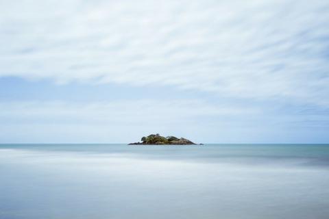 watered-ocean-landscape-island